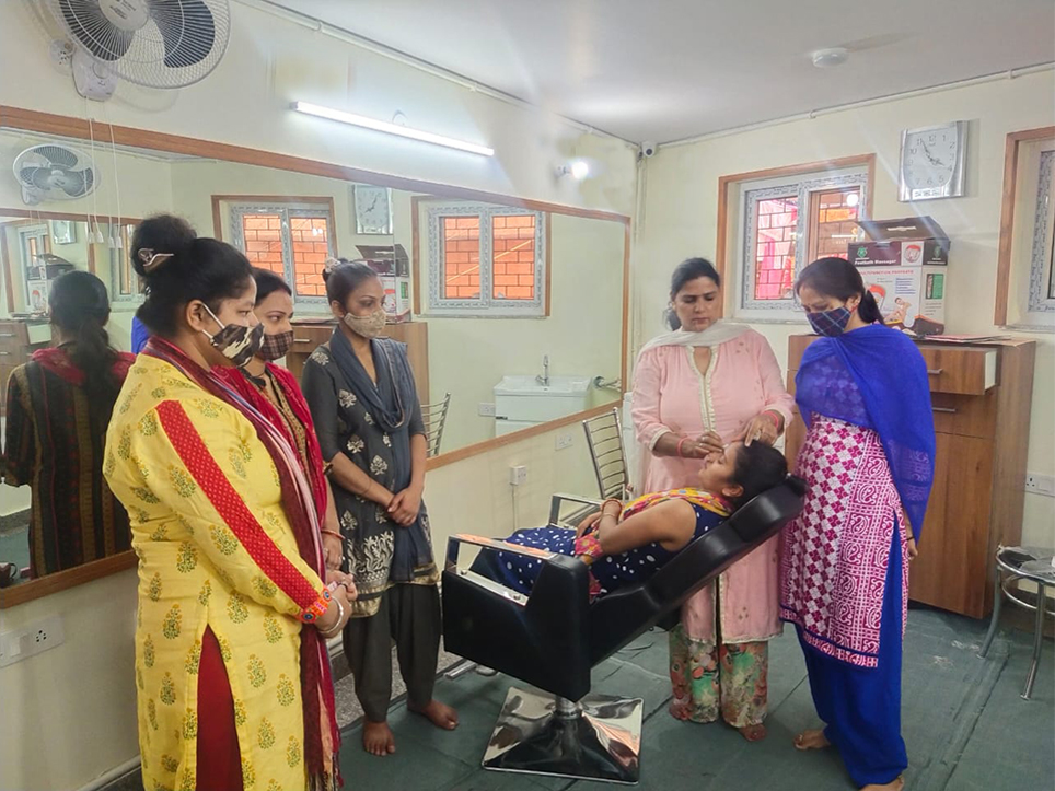 skets-hope-centre-shanti-devi-mittal-foundation-beauty classes cover image